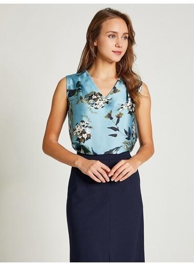 Vekem-Limited Edition V Yaka Çiçek Desenli Bluz Mavi